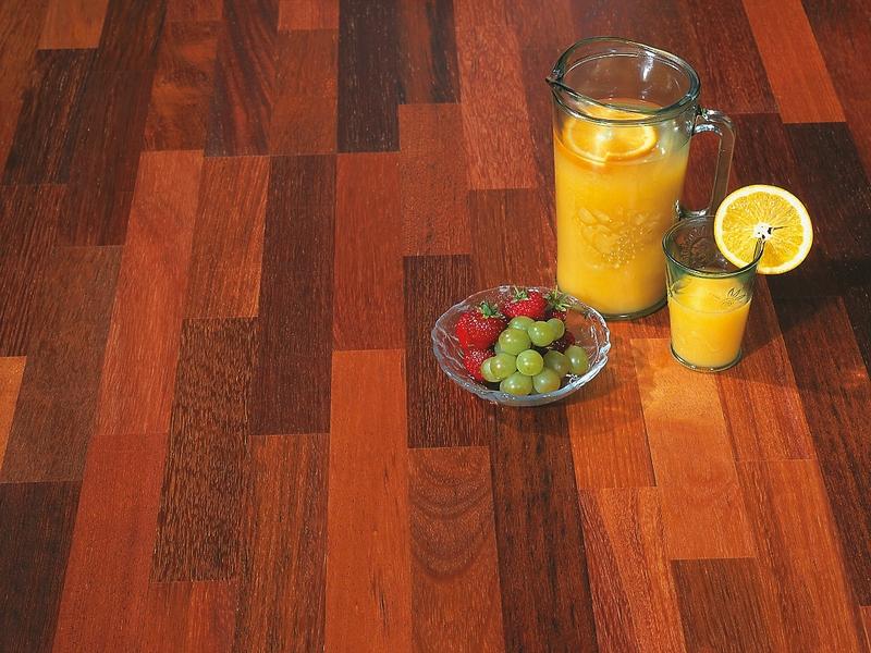 parketový vzor - třívrstvá dřevěná podlaha